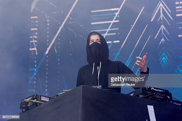 Alan Walker performs live on stage during the first day of the Lollapalooza Berlin music festival at Treptower Park on September 10 2016 in Berlin...
