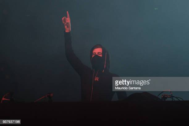 Alan Walker performs live on stage during the third day of Lollapalooza Brazil Festival at Interlagos Racetrack on March 25 2018 in Sao Paulo Brazil