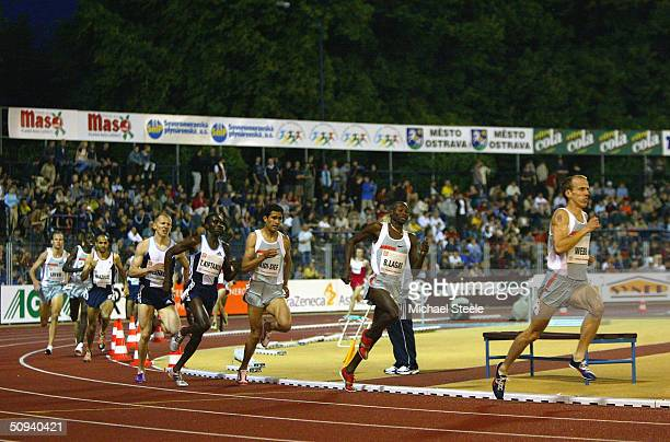 Alan Webb of the United States on his way to victory during the men's 1500m at the IAAF Golden Spike meet in Ostrava Czech Republic