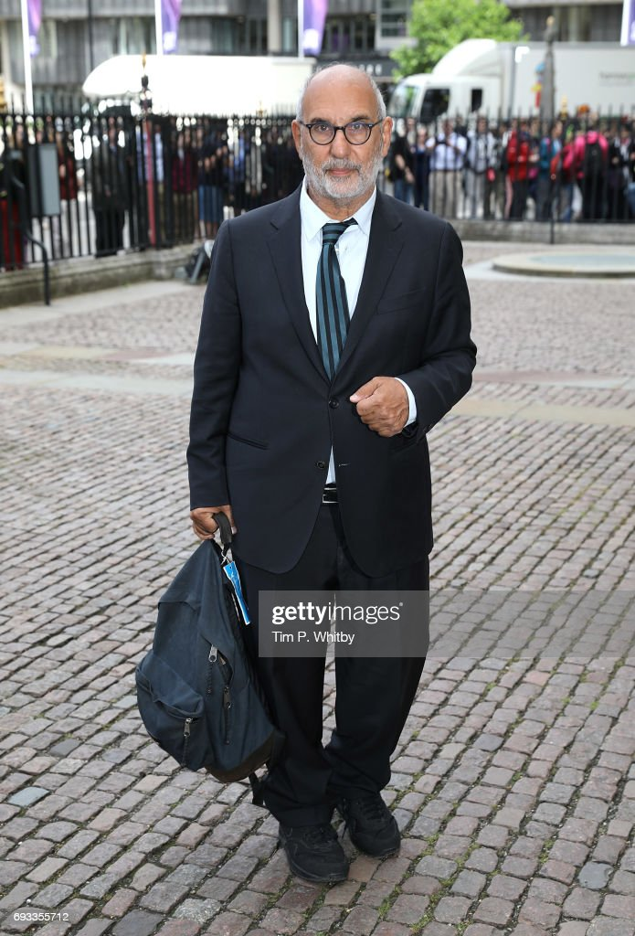 Alan Yentob attends a memorial service for comedian Ronnie Corbett at Westminster Abbey on June 7, 2017 in London, England. Corbett died in March 2016 at the age of 85.