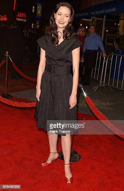 Alana Ubach arrives at the premiere of 'Meet The Fockers' held at Universal Amphitheatre Universal Studios Hollywood