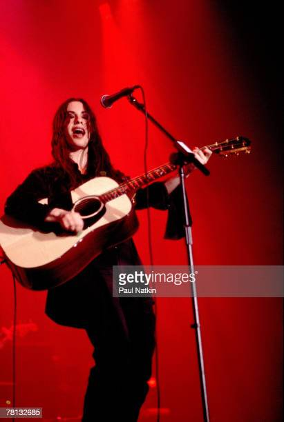 Alanis Morissette on 12/20/95 in Chicago Il
