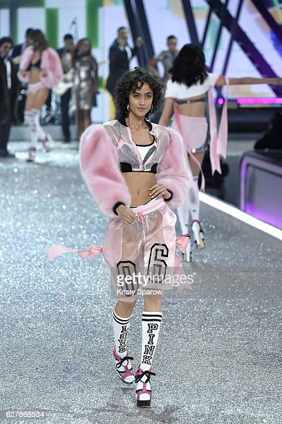 Alanna Arrington walks the runway during the Victoria's Secret Fashion Show on November 30 2016 in Paris France