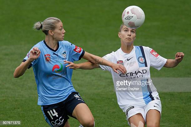 Alanna Kennedy of Sydney FC and Steph Catley of Melbourne City compete for the ball during the 2016 WLeague Grand Final match between Melbourne...