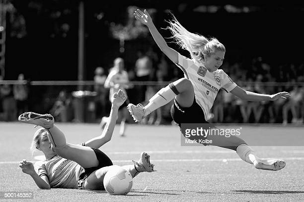 Alanna Kennedy of Sydney FC tackles Linda ONeill of the Wanderers during the round eight WLeague match between Sydney FC and the Western Sydney...