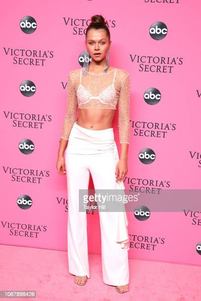 Alannah Walton attends the 2018 Victoria's Secret Fashion Show Viewing Party at Spring Studios on December 2, 2018 in New York City.