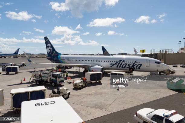 Alaska Airlines Stock Photos And Pictures Getty Images
