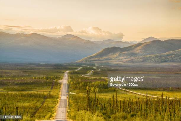 Alaska - Dalton Highway With The Pipeline