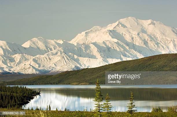 USA, Alaska, Denali National Park, Wonder Lake and Mt. McKinley