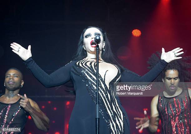 Alaska performs on stage for Lo Mejor De Aqui Y De Alli on September 30 2016 in Barcelona Spain