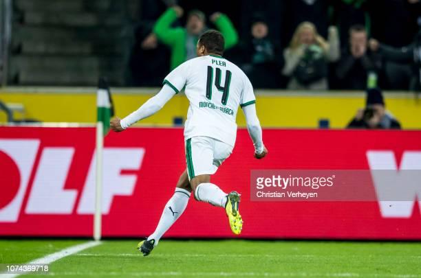 Alassane Plea of Borussia Moenchengladbach celebrates after he scored a goal for his team during the Bundesliga match between Borussia...