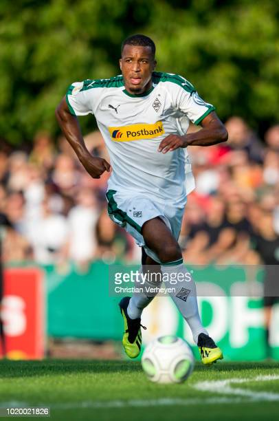 Alassane Plea of Borussia Moenchengladbach controls the ball during the DFBCup match between BSC Hastedt and Borussia Moenchengladbach at...