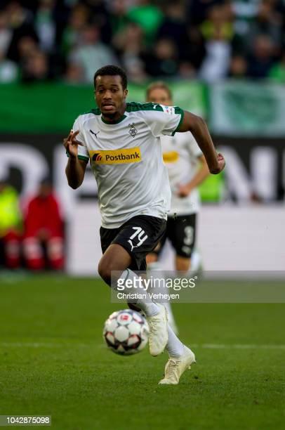 Alassane Plea of Borussia Moenchengladbach controls the ball during the Bundesliga match between VfL Wolfsburg and Borussia Moenchengladbach at...