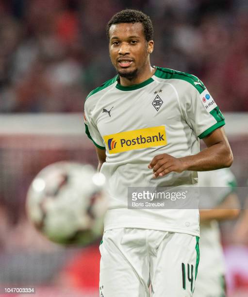 Alassane Plea of Borussia Moenchengladbach controls the ball during the Bundesliga match between FC Bayern Muenchen and Borussia Moenchengladbach at...