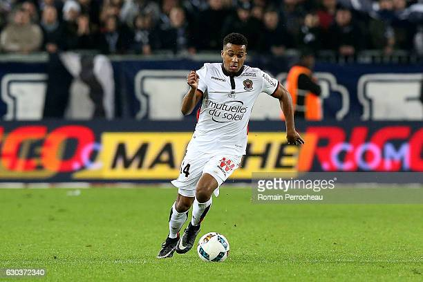 Alassane Plea of Nice in action during the french Ligue 1 match between Bordeaux and Nice at Stade Matmut Atlantique on December 21 2016 in Bordeaux...