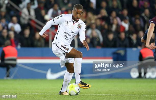 Alassane Plea of OGC Nice during the French Ligue 1 match between Paris SaintGermain and OGC Nice at Parc des Princes stadium on October 27 2017 in...
