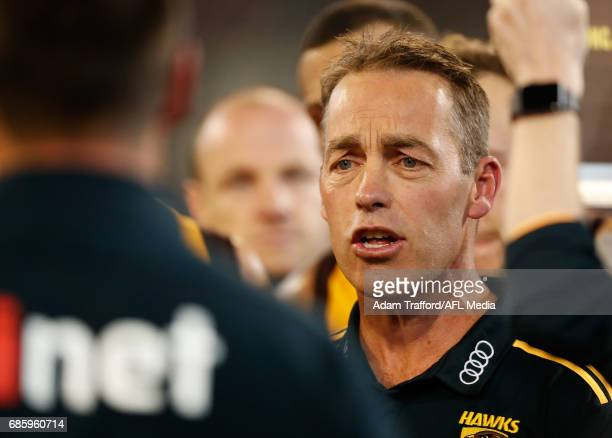 Alastair Clarkson Senior Coach of the Hawks addresses his players during the 2017 AFL round 09 match between the Collingwood Magpies and the Hawthorn...