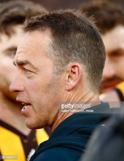 Alastair Clarkson Senior Coach of the Hawks addresses his players during the 2017 AFL round 20 match between the Richmond Tigers and the Hawthorn...