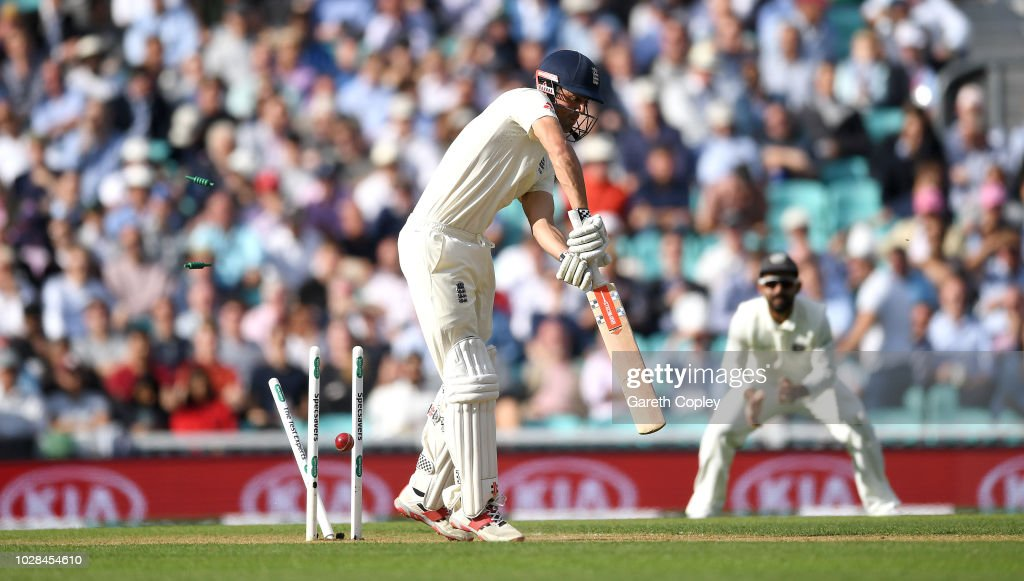 GBR: England v India: Specsavers 5th Test - Day One