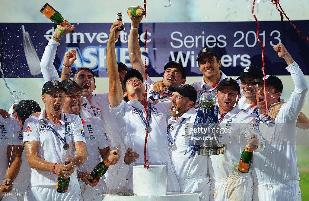 England v Australia: 5th Investec Ashes Test - Day Five : Nachrichtenfoto