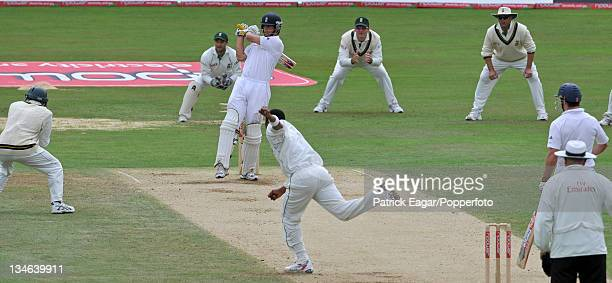Alastair Cook pulls a ball from Makhaya Ntini during his 67 England v South Africa 4th Test The Oval Aug 08