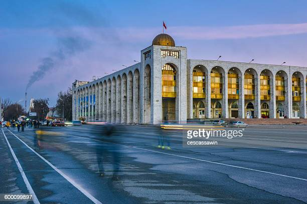 ala-too square, bishkek, kyrgyzstan, central asia - kyrgyzstan stock pictures, royalty-free photos & images