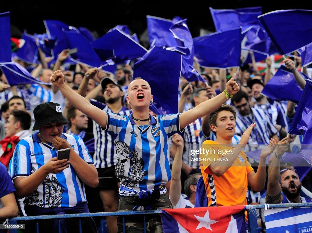 FBL-ESP-CUP-BARCELONA-ALAVES : News Photo