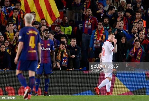 Alaves' Swedish forward John Guidetti celebrates a goal during the Spanish league football match between FC Barcelona and Deportivo Alaves at the...