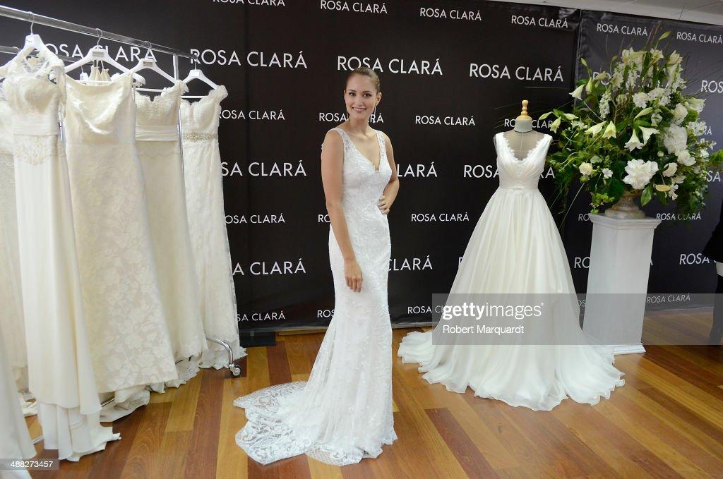 Rosa Clara Fitting For Barcelona Bridal Week 2014
