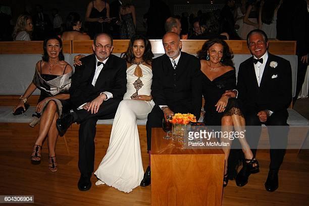 Alba Clemente Salman Rushdie Padma Lakshmi Francesco Clemente Diane von Furstenberg and George Hamilton attend Vanity Fair Oscar Party at Morton's...