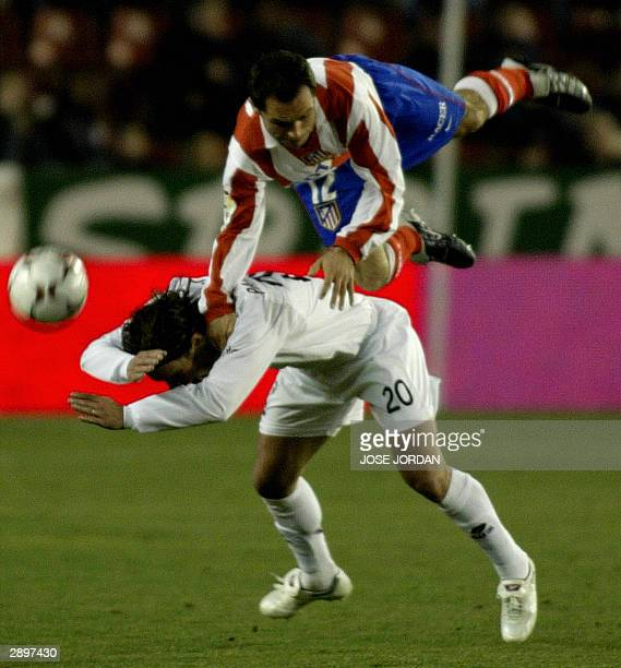 Albacete Uruguayan Pedro Pacheco vies with Atletico Madrid's Barjuan Sergi during a Premier league match in Carlos Belmonte Stadium in Albacete 24...
