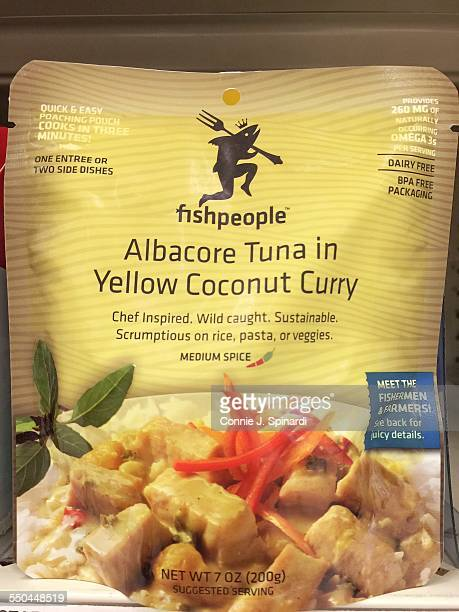 Albacore tuna in yellow curry sauce Instant meal in a bag