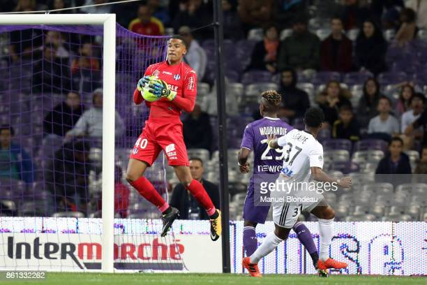 Alban Lafont of Toulouse during the Ligue 1 match between Toulouse and Amiens SC at Stadium Municipal on October 14 2017 in Toulouse