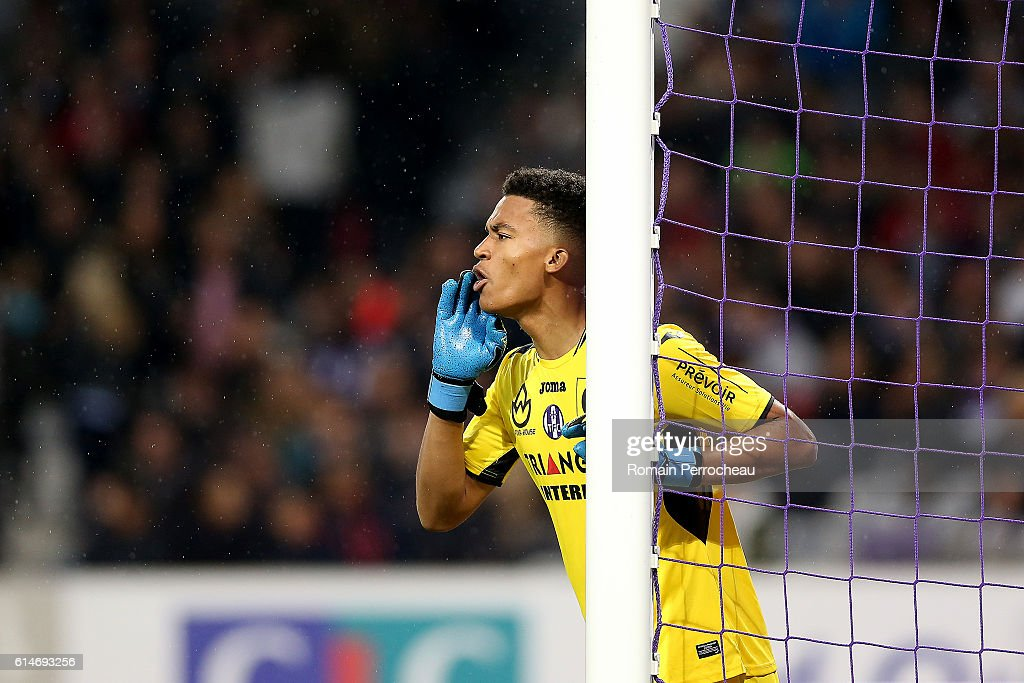 Alban Lafont of Toulouse gestures during the French Ligue 1 match between Toulouse and Monaco at Stadium on October 14, 2016 in Toulouse, France.