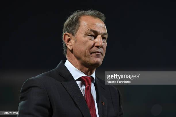 Albania head coach Gianni De Biasi looks on during the FIFA 2018 World Cup Qualifier between Italy and Albania at Stadio Renzo Barbera on March 24...