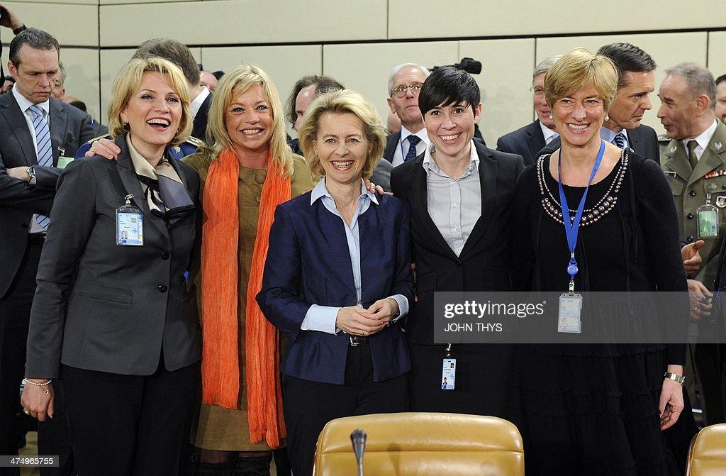 NATO Frauen