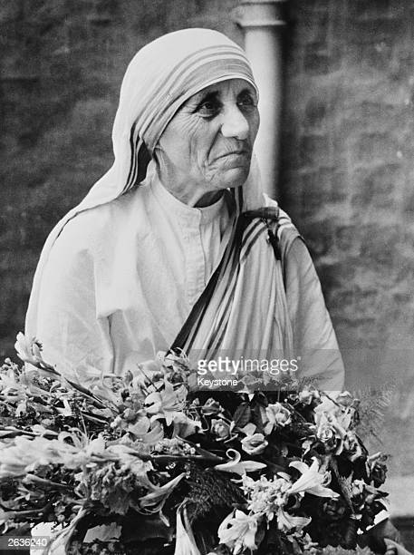 Albanianborn Roman Catholic nun Mother Teresa of Calcutta who has devoted her life to helping the poor She was awarded the Nobel prize for peace in...