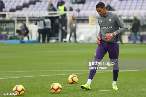 AlbanMarc Lafont of ACF Fiorentina during warm up during the Serie A match between ACF Fiorentina and Empoli at Stadio Artemio Franchi on December 16...