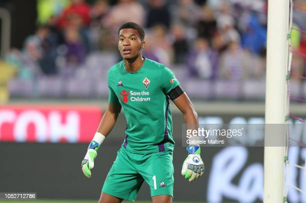 AlbanMarc Lafont of ACF Fiorentina in action during the Serie A match between ACF Fiorentina and Cagliari at Stadio Artemio Franchi on October 21...