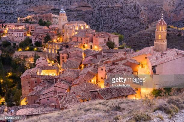 アルバラシン - アラゴンの中世の村, スペイン - アラゴン ストックフォトと画像