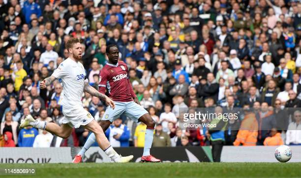 Albert Adomah of Aston Villa scores the equalizing goal during the Sky Bet Championship match between Leeds United and Aston Villa at Elland Road on...