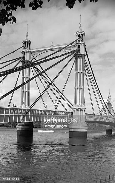Albert Bridge Chelsea London 19451980 Detail of iron pylons on Albert Bridge which links Chelsea and Battersea Built in 18711873 it is one of only a...