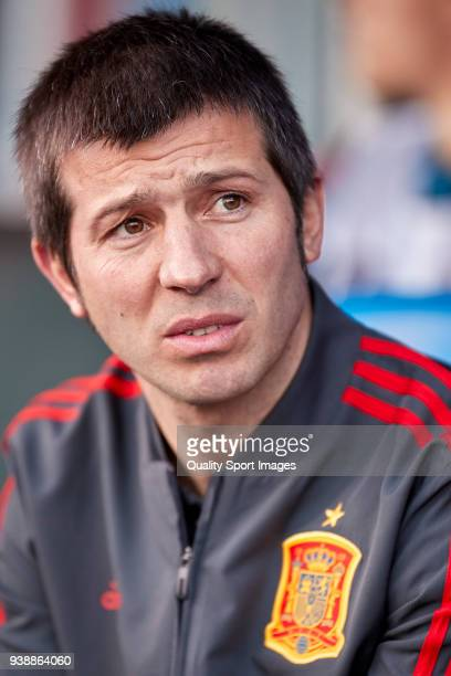 Albert Celades the manager of Spain U21 looks on prior to the 2019 UEFA Under 21 qualification match between Spain U21 and Estonia U21 at Toralin...