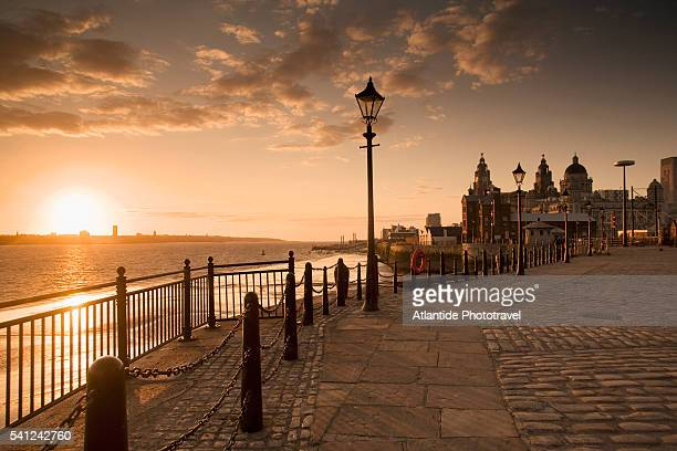 albert dock at sunset - liverpool england stock pictures, royalty-free photos & images