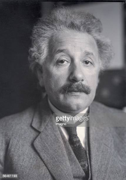 Albert Einstein Photography Around 1930 [Albert Einstein Photographie um 1930]