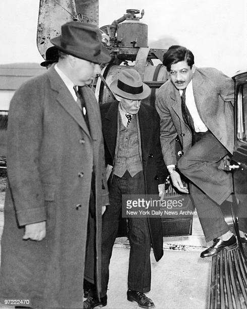 Albert Fish arrives at Sing Sing Prison handcuffed to Lawrence Stone implicated himself in three more murders This was looked upon as a crafty effort...