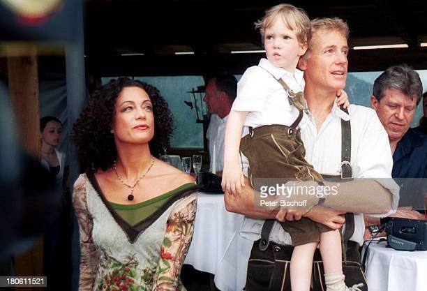 Albert Fortell Ehefrau Barbara Wussow Sohn Nikolaus Fortell VorabFeier zum 50Geburtstag von Albert Fortell Burgfest auf Burg Oberkapfenberg...