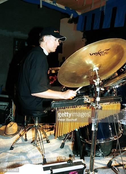Albert Fortell VorabFeier zum 50 Geburtstag von Albert Fortell Burg Oberkapfenberg Österreich Schlagzeug Drums Kappe Hut Cappy Paste Snare Becken