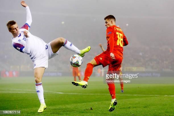 Albert Gudmundsson of Iceland Thorgan Hazard of Belgium during the UEFA Nations league match between Belgium v Iceland at the Koning Boudewijn...