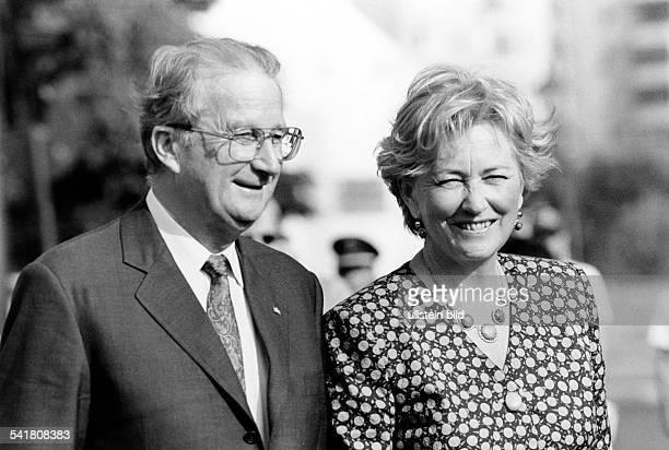 Albert II *Koenig von Belgien mit Ehefrau Koenigin Paola Juli 1995